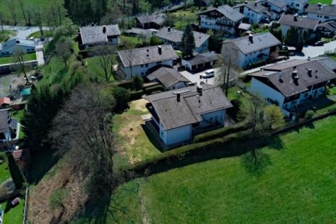 Baugrundstück mit Altbestand und tollem Blick über Bad Tölz, 83646 Wackersberg / Bad Tölz, Wohngrundstück