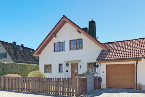 Ansprechendes Einfamilienhaus in ruhiger Lage von Geretsried / Gartenberg, 82538 Geretsried, Einfamilienhaus