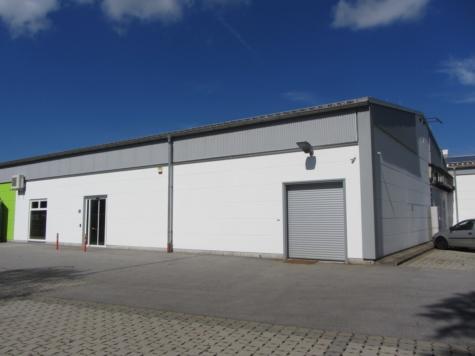 Vielseitig nutzbare Gewerbehalle mit Büro in ruhiger Lage, 82515 Wolfratshausen, Lager
