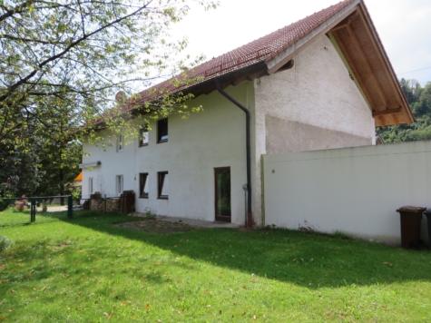 Doppelhaushälfte zum Ausbauen in guter Wohngegend von Wolfratshausen, 82515 Wolfratshausen, Doppelhaushälfte