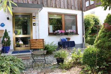 Ruhige und sehr gepflegte Doppelhaushälfte in Gelting, 82538 Geretsried, Doppelhaushälfte