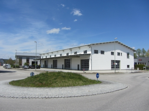 Vier neue funktionale Hallenflächen mit je ca. 500 m² – ca. 572 m² Nfl., Erstbezug, 82538 Geretsried-Gelting, Halle