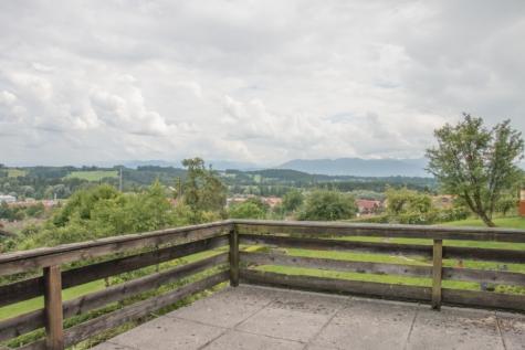 Grundstück mit Altbestand und Panoramablick in die Berge gegen Höchstgebot zu Verkaufen, 82547 Eurasburg, Grundstück