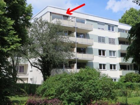 Ganz oben Wohnen mit tollem Blick – Schöne 3 Zimmerwohnung in Solln, 81477 München, Etagenwohnung